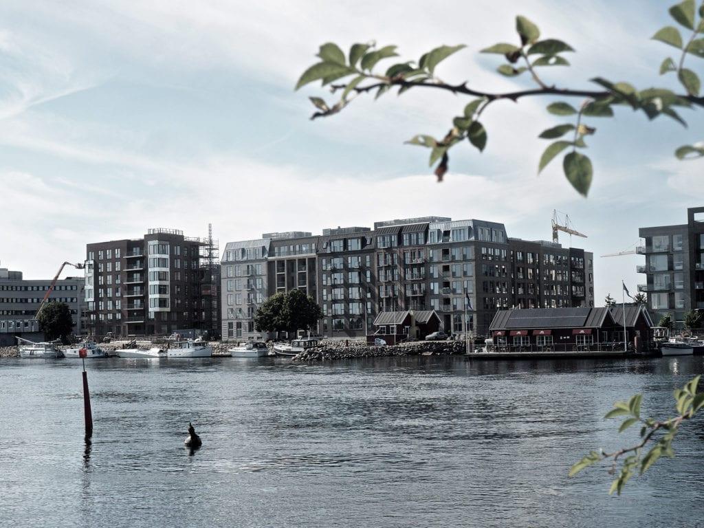 Byggefirma Køge, Sjælland, bygning med vandusigt